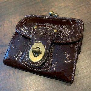 COACH LEGACY Patent Lthr FRAME KISSLOCK Wallet